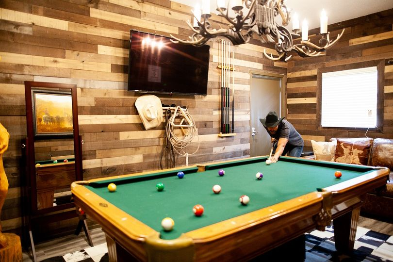 Rustic Groom Suite