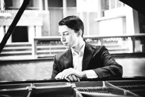 Jordan Mathews Pianist