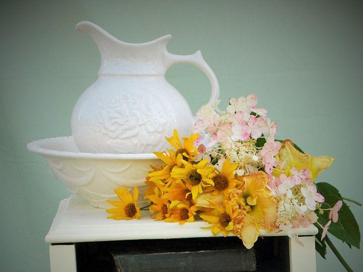Tmx 1437776624993 Cream Side Table Intercourse wedding rental