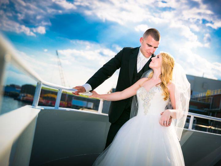 Tmx 1523547240 16c2dd8b80b75a04 1523547224 E3189330092fd774 1523547221642 2 MacDonaldWed61017H Deerfield, NH wedding photography