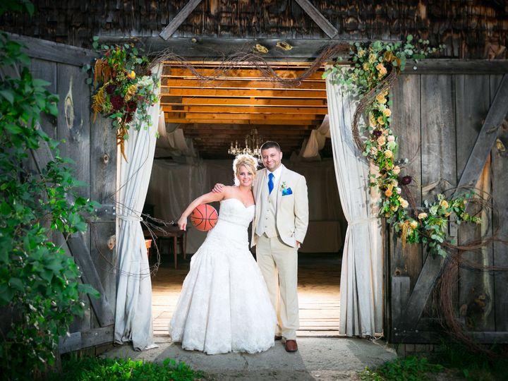 Tmx 1523547614 970575baf88a96f6 1523547591 61905d70bb9a5198 1523547586298 11 SciriaWeddingHRZ8 Deerfield, NH wedding photography