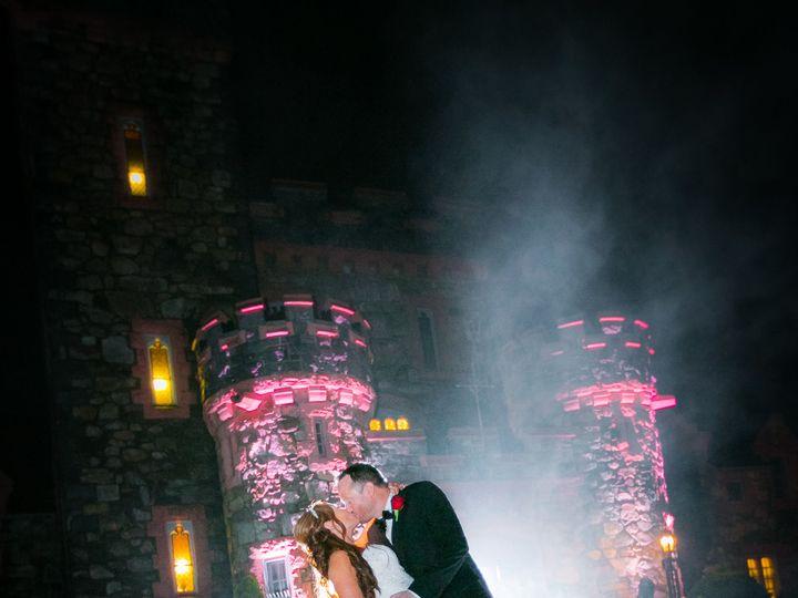 Tmx 1533655996 0de810f17dcfe6af 1533655993 5b360bafd61bed91 1533655989482 10 Otis72718HRZ 256 Deerfield, NH wedding photography