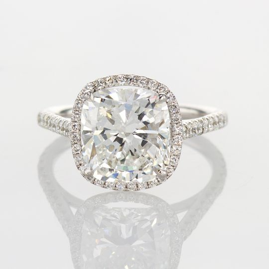 4-carat cushion cut halo
