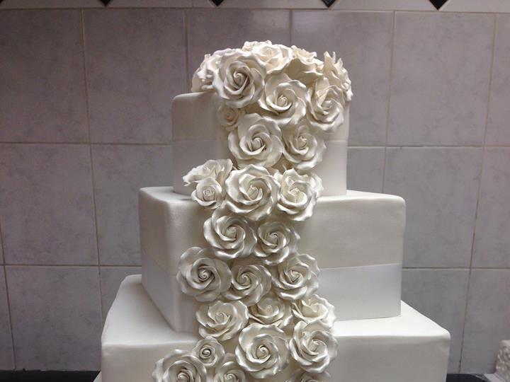 Tmx 1453320301092 1504070234070450099638214417353n Massapequa wedding cake