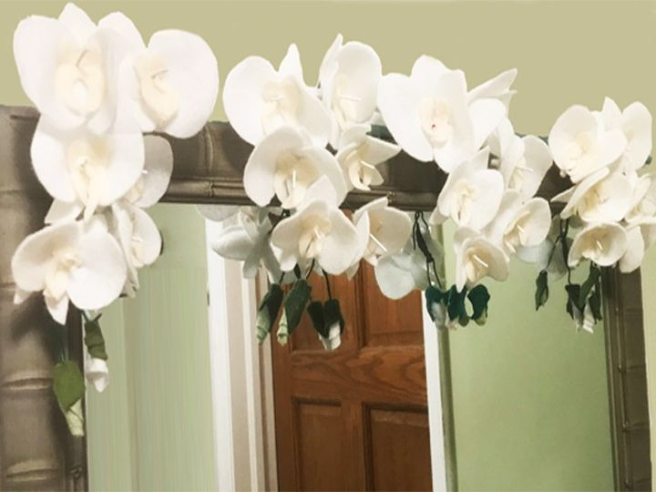 Tmx White Orchid Mirror Knot 51 1904603 157974425573403 Hilliard, OH wedding florist