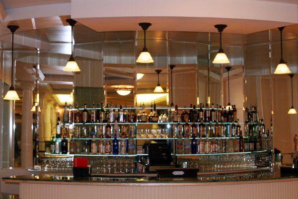 The expansive bar