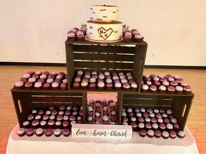 Tmx Lovehonorcherish 51 1067603 1559763099 Lewiston, ME wedding cake