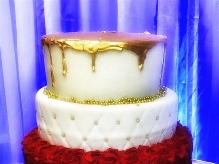 Tmx Quin Cake 51 1067603 1569426580 Lewiston, ME wedding cake