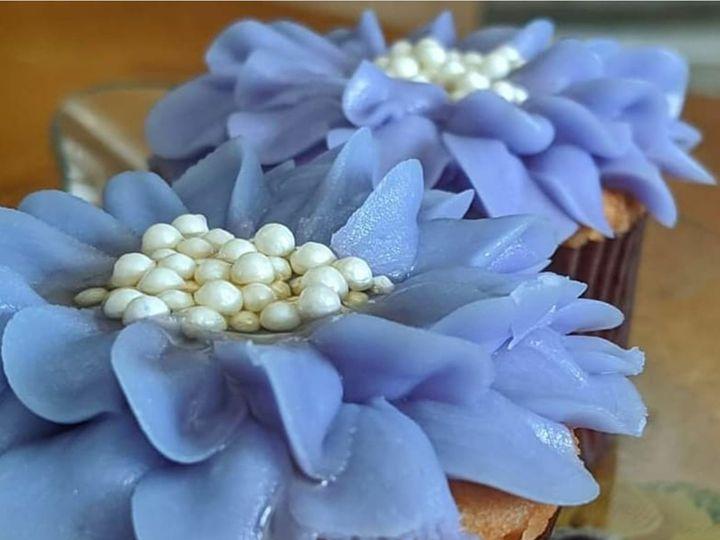 Tmx Screenshot 20200915 104556 Instagram 51 1067603 160018150599241 Lewiston, ME wedding cake