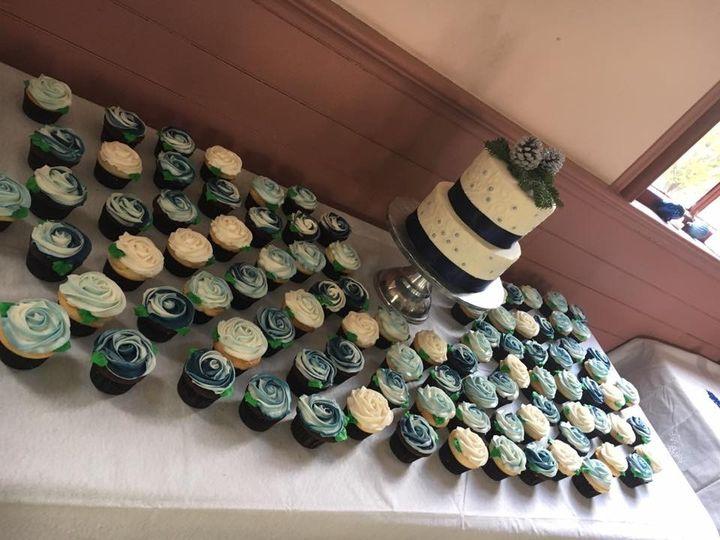 Tmx Weddingwinter1 51 1067603 1559158417 Lewiston, ME wedding cake