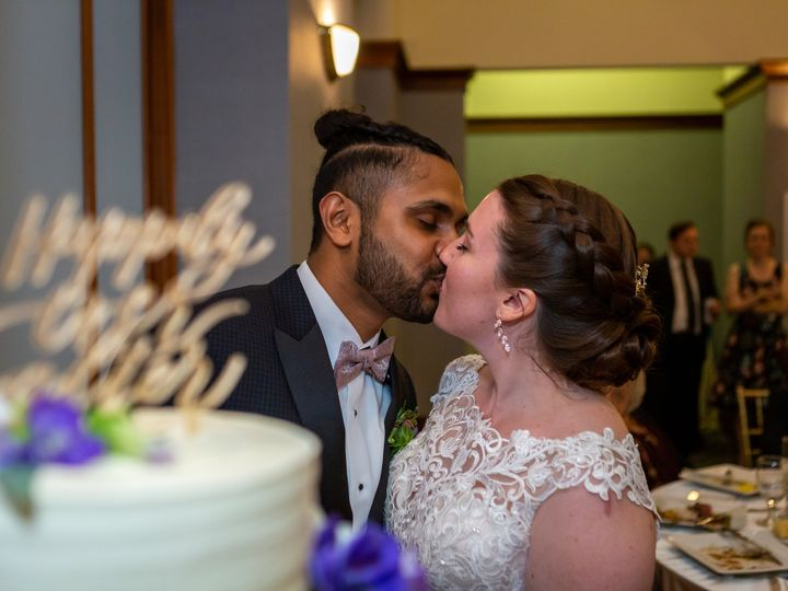 Tmx Couple Cake 1 51 378603 1564663547 Providence, RI wedding venue