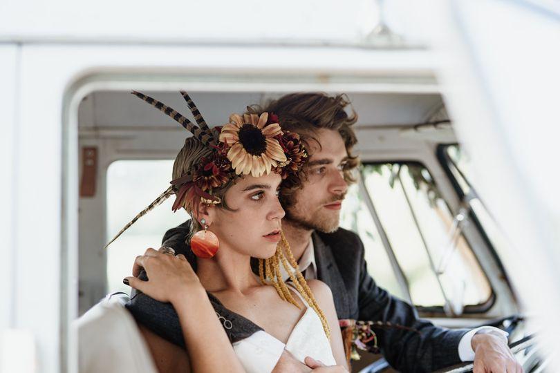millennium moments chicago wedding photographer sunflower bus artful blooms indiana 51 1029603 159596108837692
