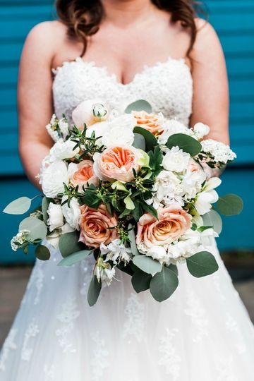 Photography: Luma Weddings Bouquet: Melanie Benson Floral