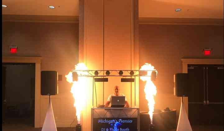 Michigan's Premier DJ & Photo Booth