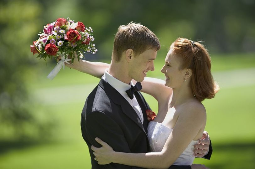bride and groom 2 2 2 1 51 1022703