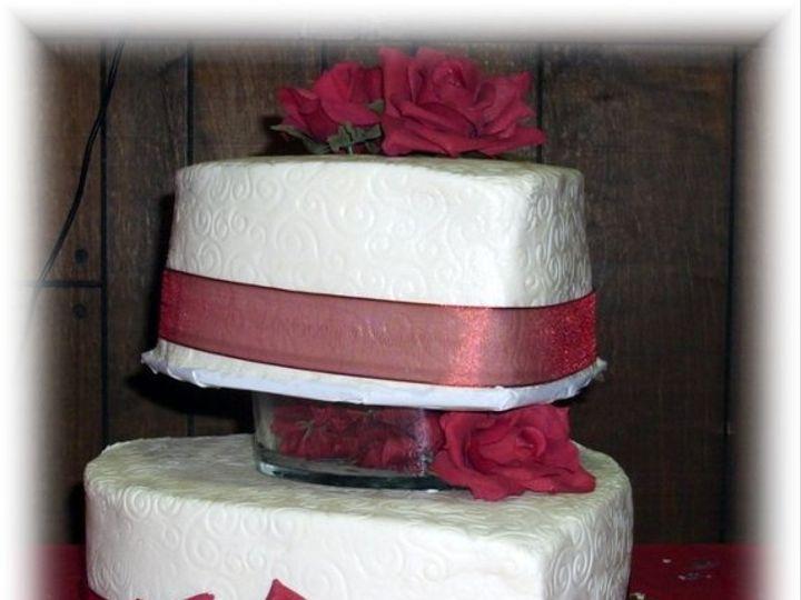 Tmx 1227325062453 Hines2 8 08 Clinton, IA wedding cake