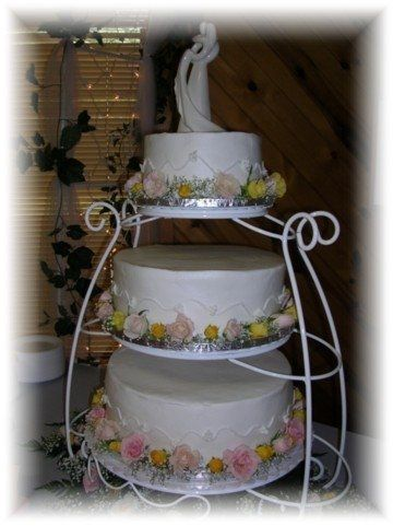 Tmx 1227325185328 Goodwin Bailey5 14 05 Clinton, IA wedding cake