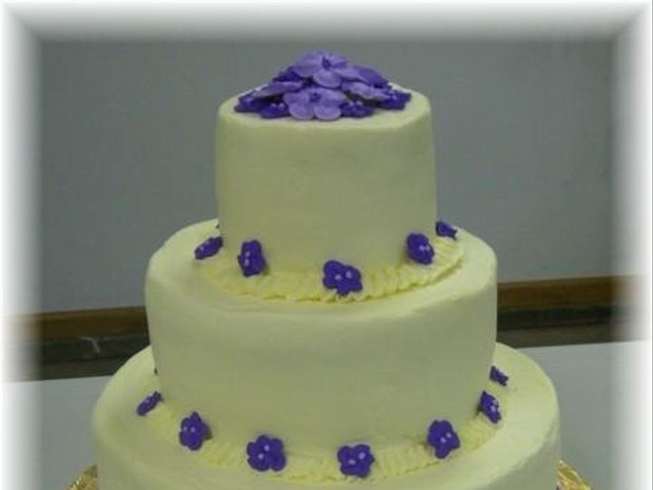 Tmx 1244066845956 VioletNcream Clinton, IA wedding cake