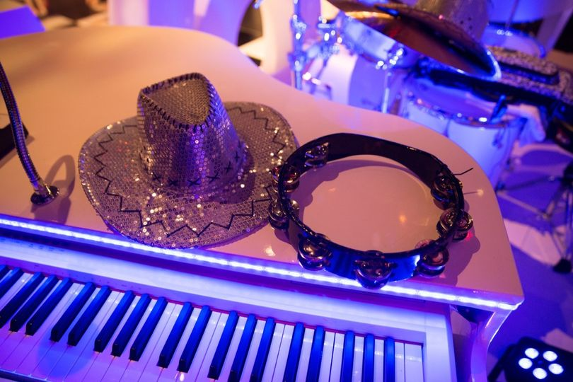 duelling pianos wedding band hire0005