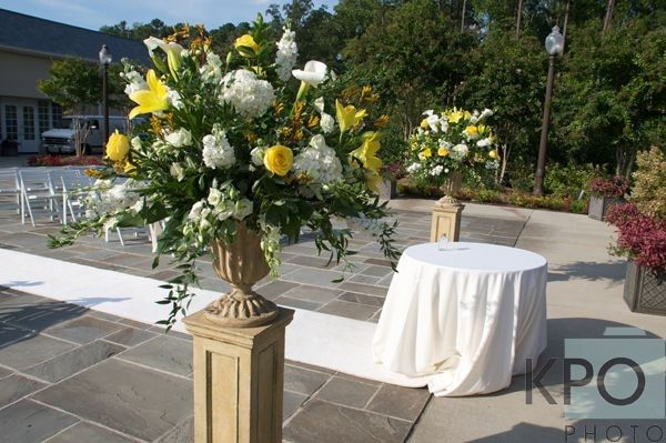 Large yellow and white arrangement