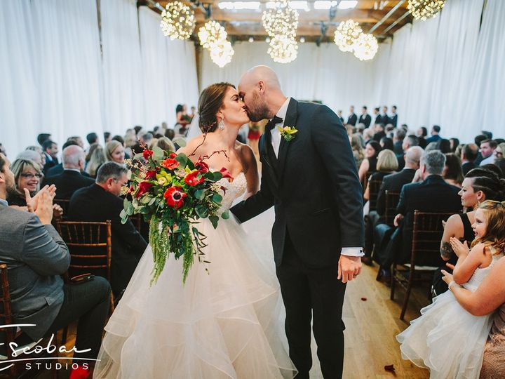 Tmx Kristen Michael 514 51 27703 157444640637666 Durham, NC wedding florist