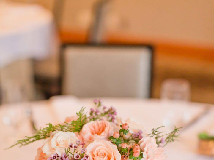 Tmx 1530490562 Cb7a536f7bf14461 1530490560 207d413913c76e7e 1530490552682 3 MigsFAVS 43 Kirkland, WA wedding florist