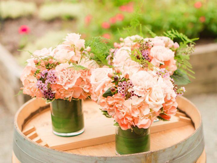 Tmx 1530490564 03c098e4ec87fe19 1530490562 9c3e5749dc91b99f 1530490552692 10 MigsFAVS 60 Kirkland, WA wedding florist
