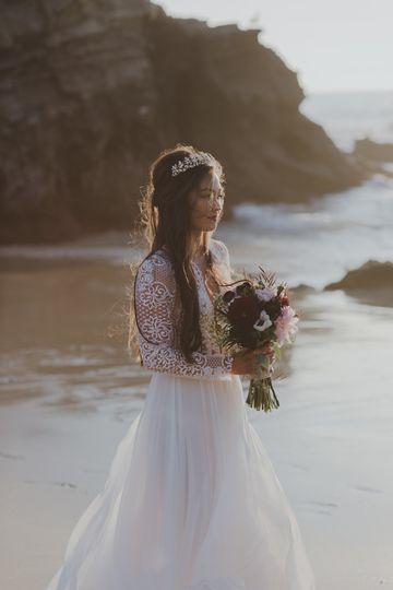 Golden hour bride - S&A Photo