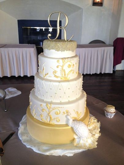A Piece Of Cake Llc Wedding Cake Warwick Ri Weddingwire