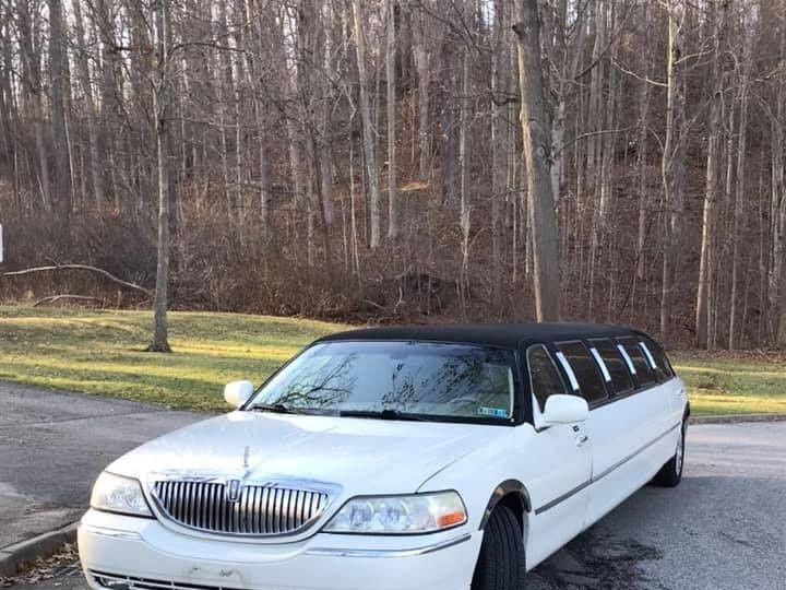 Tmx 80041026 125569155567047 2885054451847004160 N 51 1903803 157740859734287 Hudson, OH wedding transportation