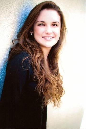 Jessica West Kreitzer professional singer & performer