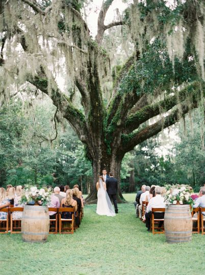 Rachel & Cory's wedding in Eden Gardens State Park | Image courtesy of Cassidy Carson Photography