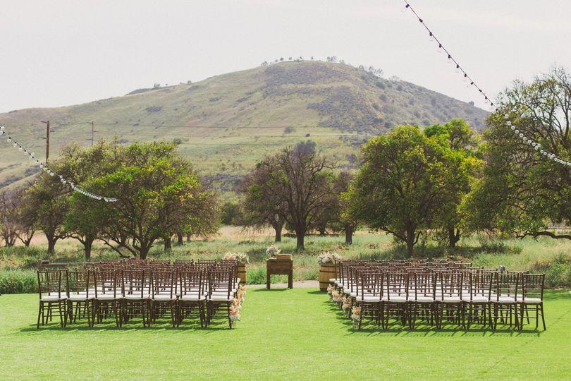 Orange county 39 s hamilton oaks vineyard events venue - The wedding garden carbondale il ...