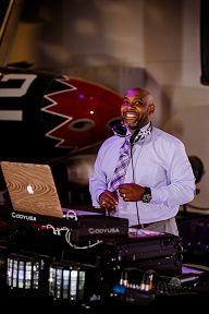 Toast Entertainment DJ