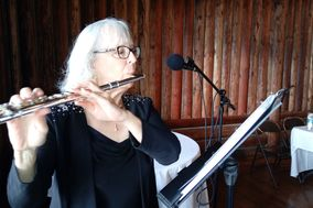 Marie B, Flutist