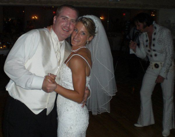 Tmx 1324403562078 10BrideGroomwithElvis Willoughby, OH wedding dj
