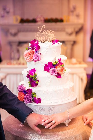 Wedding cake | Photo by Montclair Studio