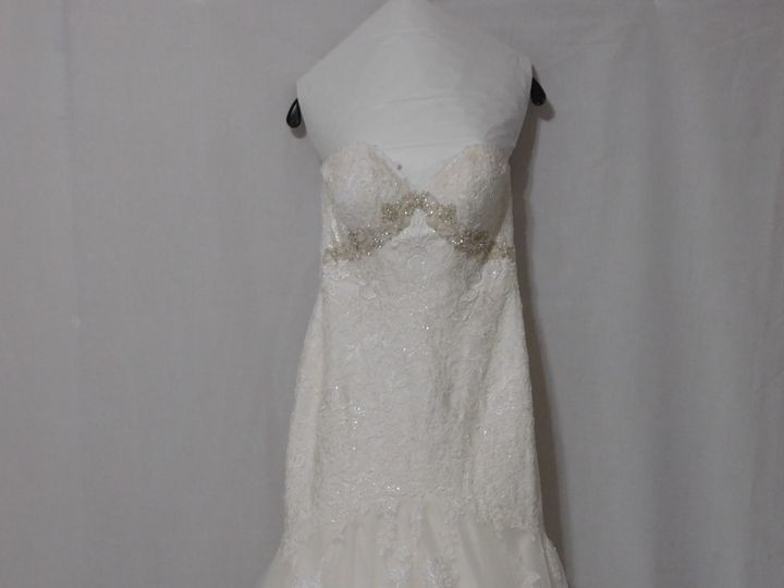 Tmx 1528463901 8fd5785e13b654e2 1528463899 3bd6fc2aee774e01 1528463878512 4 Wedding Gown Clean Orlando, FL wedding dress