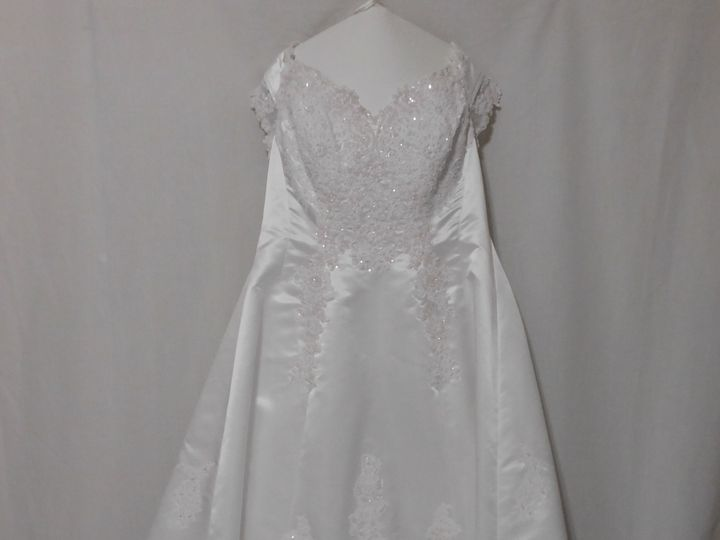 Tmx 1528464283 A0026e7eeaf3166a 1528464280 B80a6918de9652f3 1528464249344 14 Wedding Gown Clea Orlando, FL wedding dress