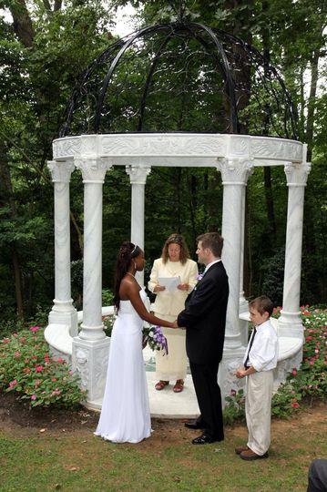 The wedding pillars