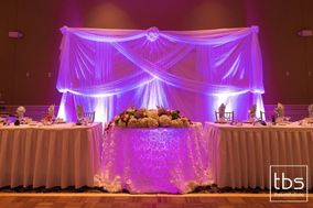 Wedding Shoppe Florist & Rentals