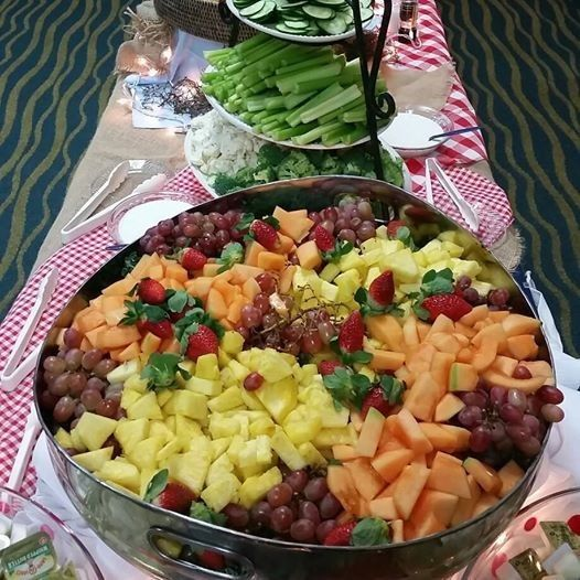 Fresh healthy options featuring our ready to eat fruit and cheese