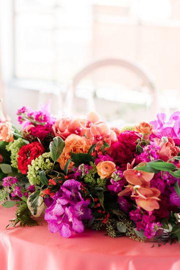 7f325025f1604f69 1524783753 378572839fcebf9e 1524783745514 8 Haute Floral Desig