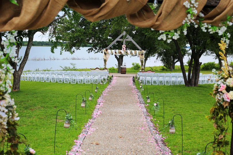 800x800 1513795132600 ceremony site