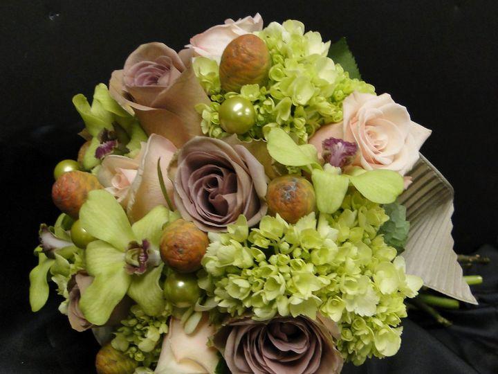 Tmx 1348698051572 Amnesiarosesgreenhydrangea Rocky Hill, Connecticut wedding florist
