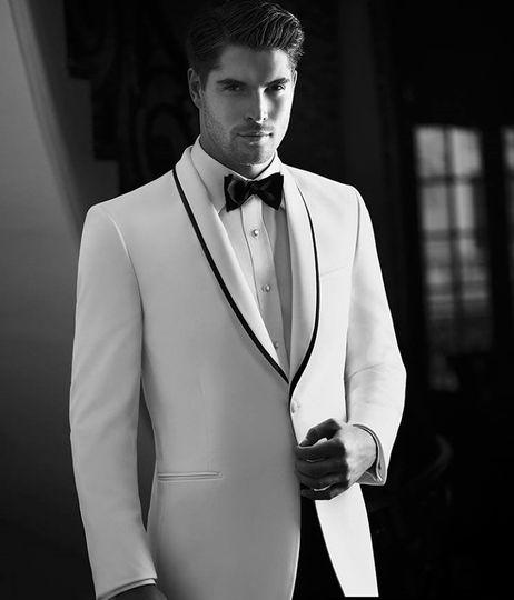 Ike Behar Slim Shawl tuxedo.