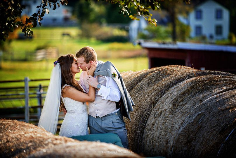 1d095a0cf67a5b1b 1426046117930 irish oaks metamora michigan wedding photo 169