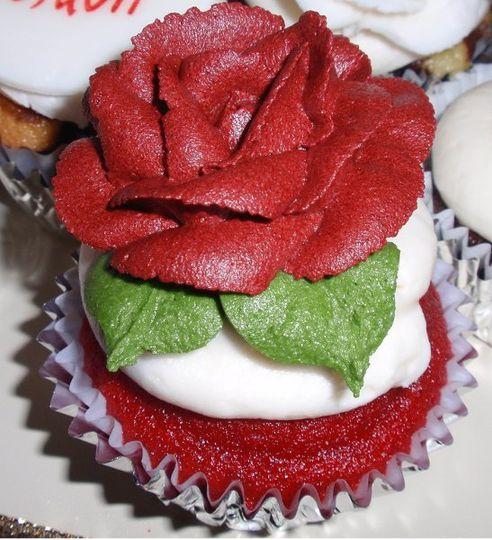 Red Rose in Buttercream on a red velvet cupcake!