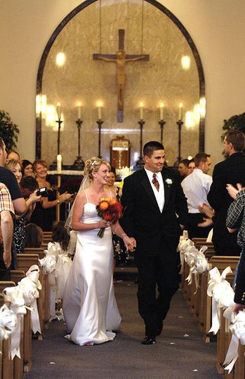 8d1979303f471426 1515698357 178aee55d42ead22 1515698356393 4 Wedding Photos 30
