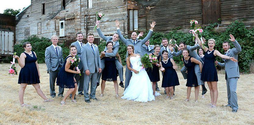 22307e8eb7b29089 1515698377 4f4efc164b4903f8 1515698377236 10 Wedding Photos 23
